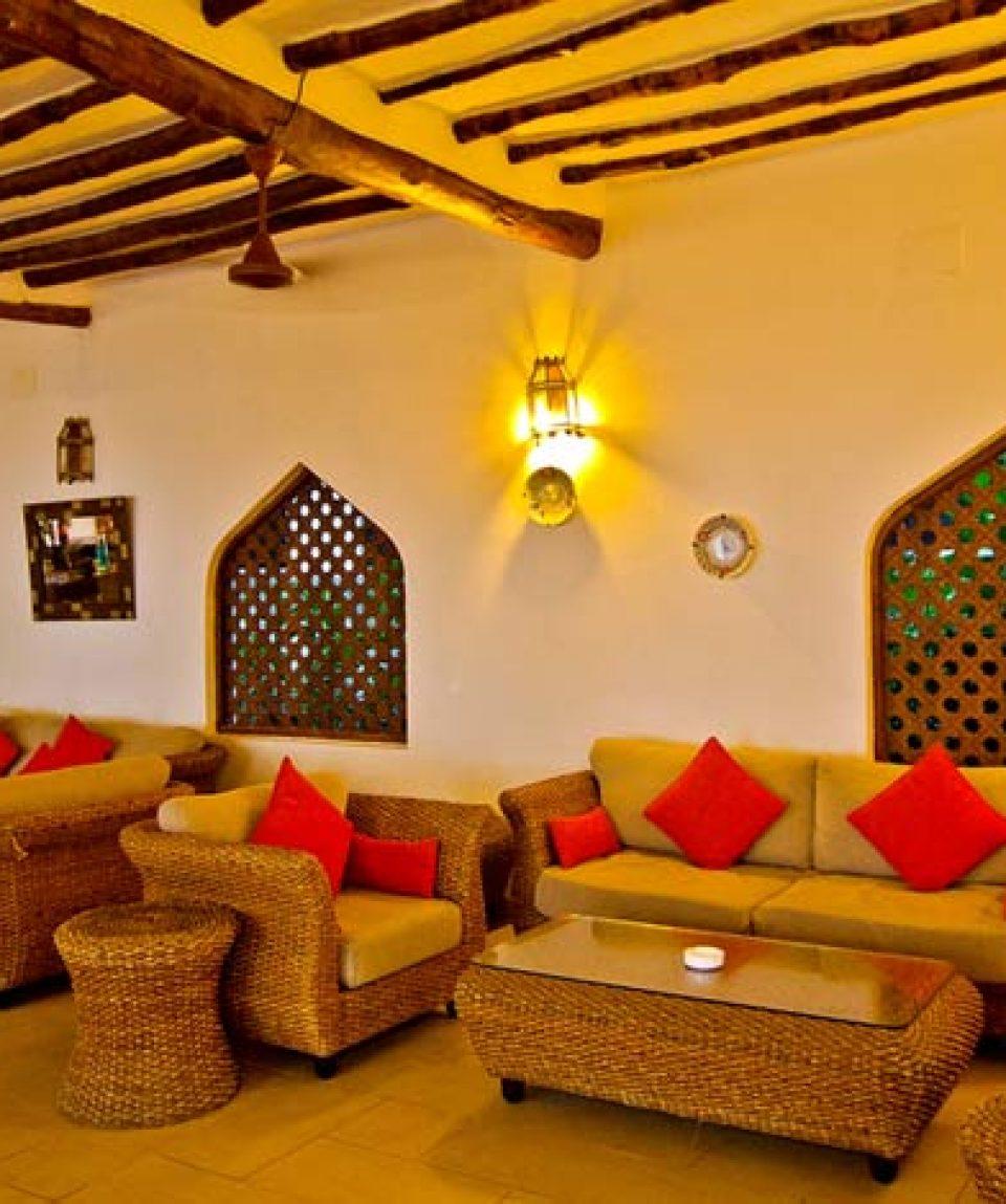 Sultan-Sands-Mawimbi-Bar-Front