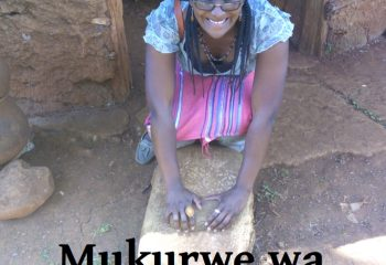 Beads_Safaris_Colletion_Mukurwe_wa_Nyagathanga_Grinding_Stone_Use_Feature_Pic